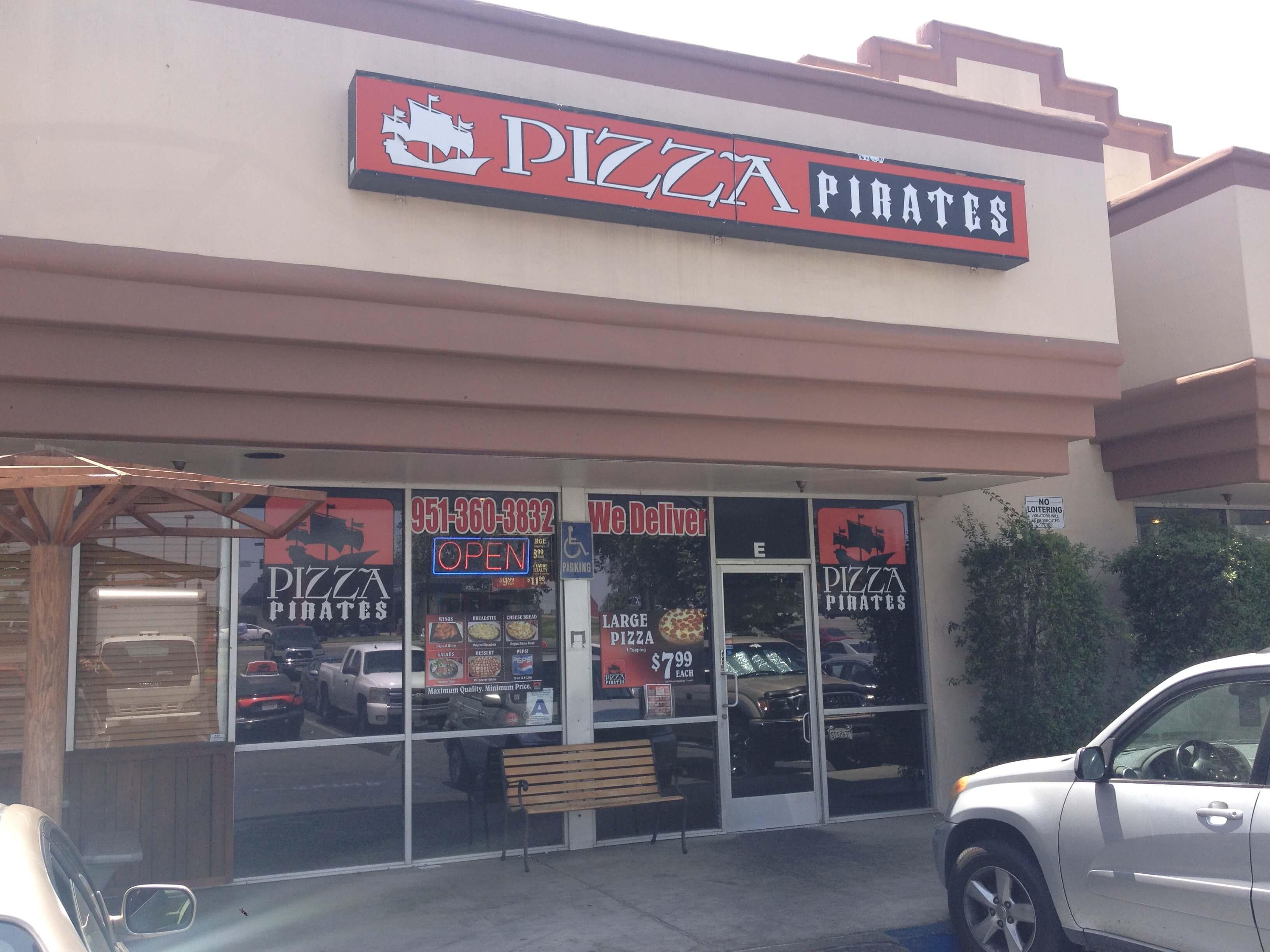 Pizza Pirates