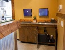 wall-mounted-stations-web